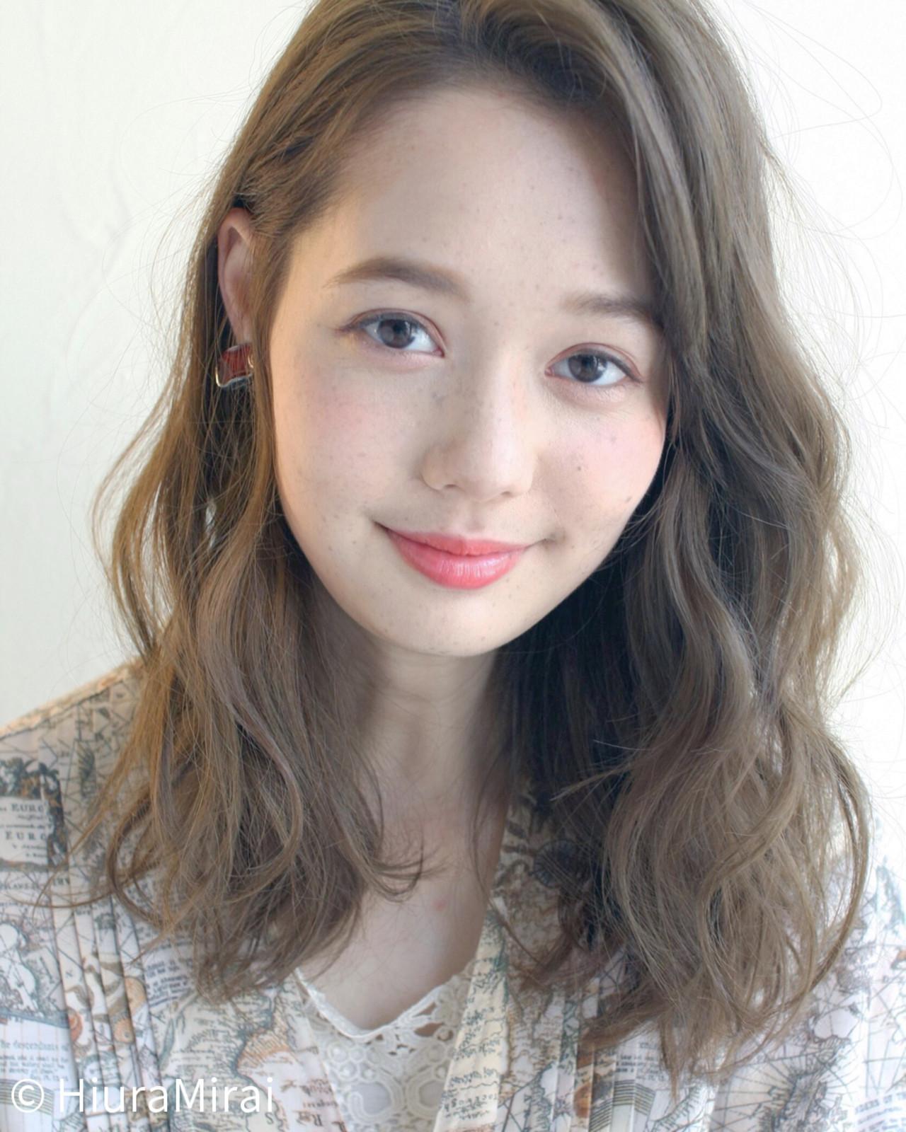 【最新版】人気のセミロングヘアはこれ♡ヘアアレンジ&髪型一覧の16枚目の画像