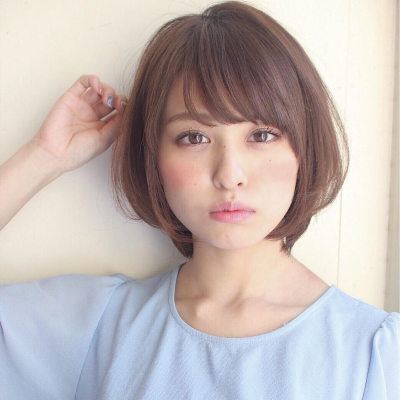 今やオシャレ女子定番の前髪♡【丸顔×斜めバング】