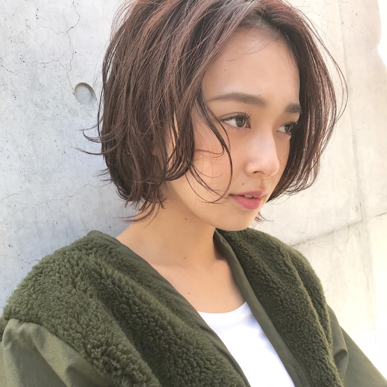 50689df86940a 女性もアップバングでおしゃれでかわいいヘアスタイルができるんです。特にショートさんがアップバングにすることで、明るく華やかな印象に仕上がります♡