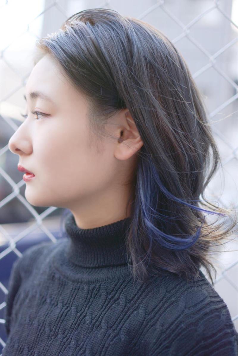 黒髪×インナーカラーでトレンドヘアに♡レングス別・人気色も解説♡