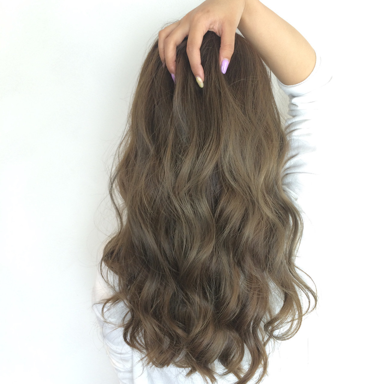 ブリーチなしでもかわいい暗めな髪色♡オリーブアッシュとは?の2枚目の画像