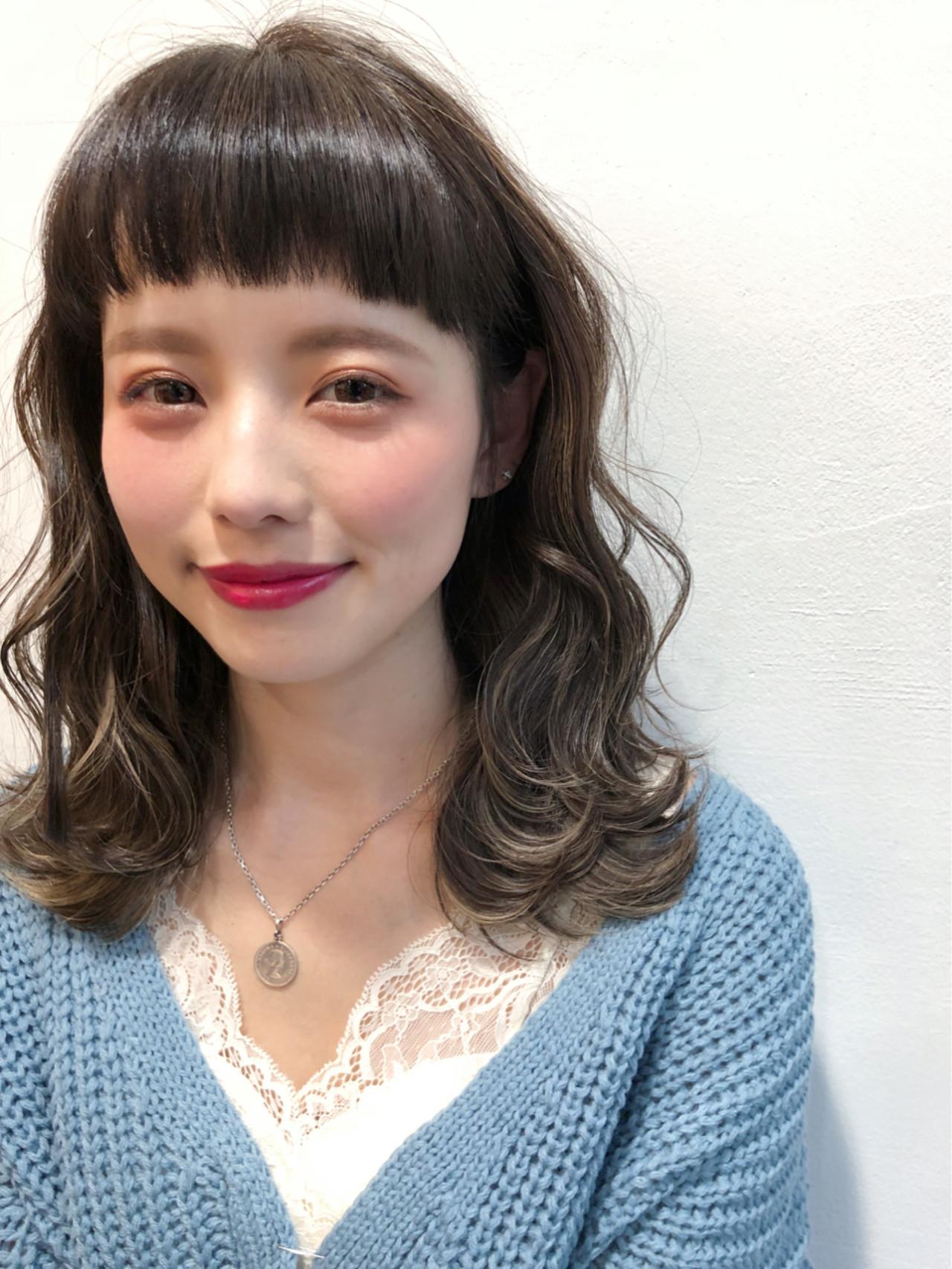 オン眉で印象チェンジ♡丸顔さんも似合うおすすめヘアスタイル紹介の27枚目の画像
