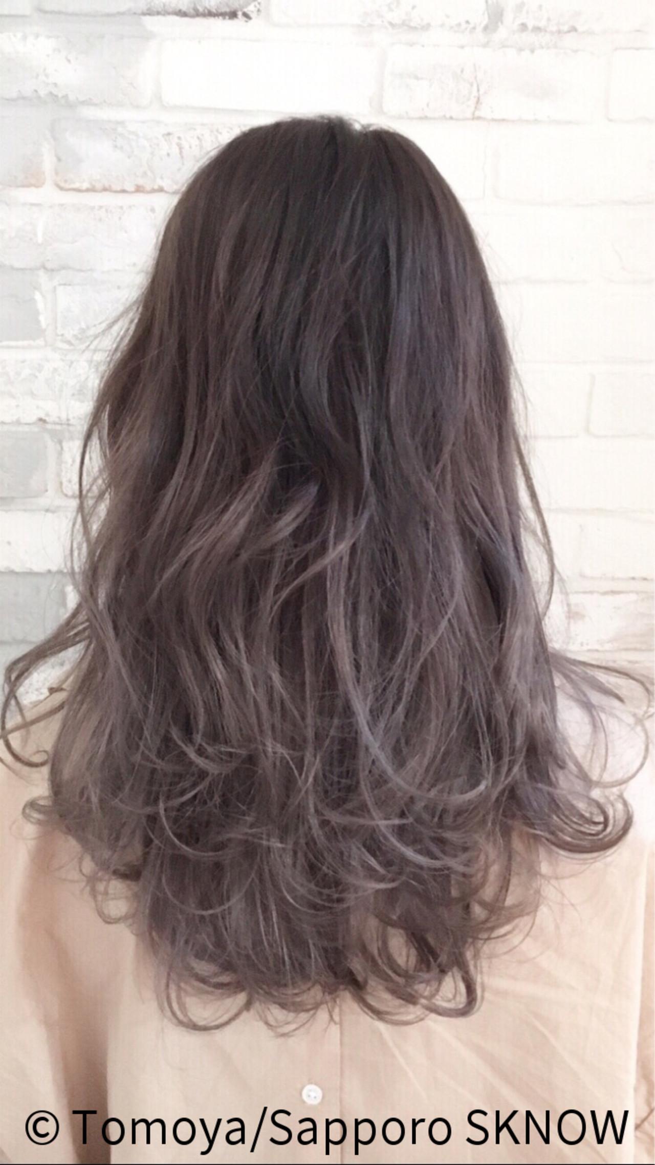 紫のヘアカラー特集♡甘ずっぱいベリーのような愛されヘアにの17枚目の画像