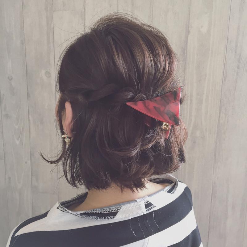 お団子やポニーテールに♡話題の三角クリップを使ったヘアアレンジ♪