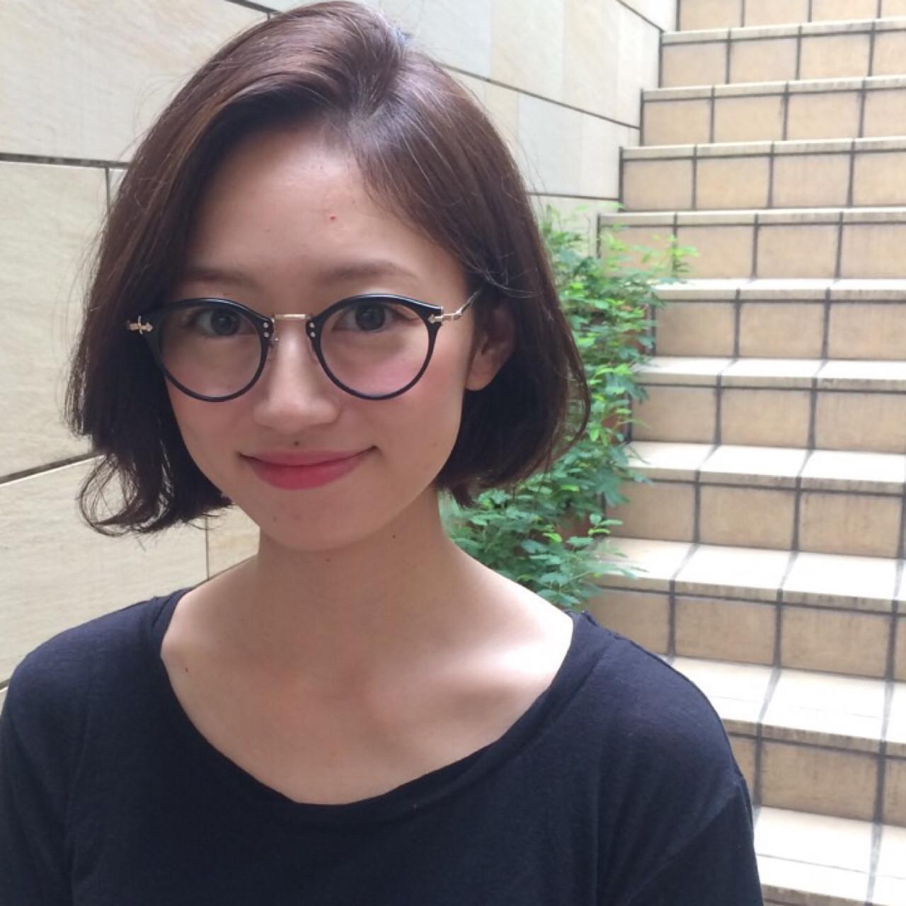 メガネ の 似合う 髪型