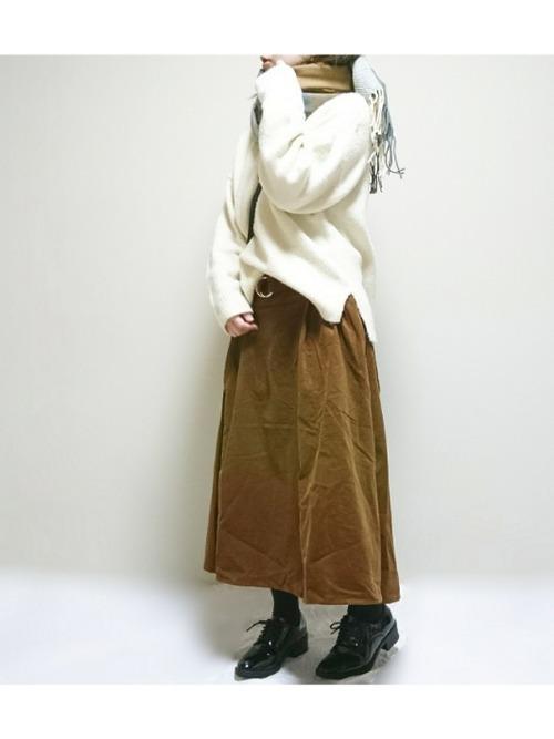 【コーデュロイスカート】で秋冬おしゃれを制覇せよ!♡の2枚目の画像