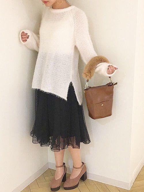 【女子の憧れ】フワっと揺れる黒チュールスカートのコーデをご紹介♡の5枚目の画像
