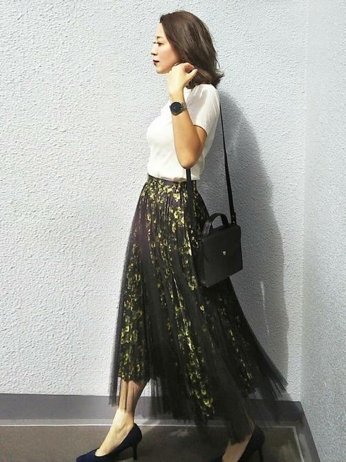【女子の憧れ】フワっと揺れる黒チュールスカートのコーデをご紹介♡の10枚目の画像
