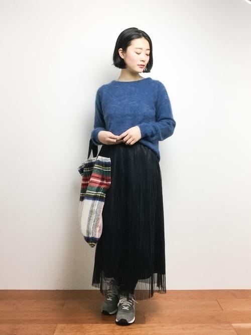 【女子の憧れ】フワっと揺れる黒チュールスカートのコーデをご紹介♡の17枚目の画像