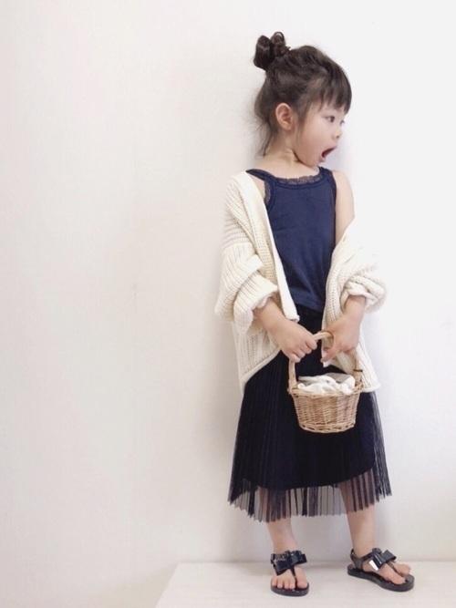 【女子の憧れ】フワっと揺れる黒チュールスカートのコーデをご紹介♡の27枚目の画像