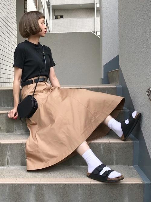 春夏秋冬着まわして。ベージュスカートコーデで大人かわいく♡の1枚目の画像