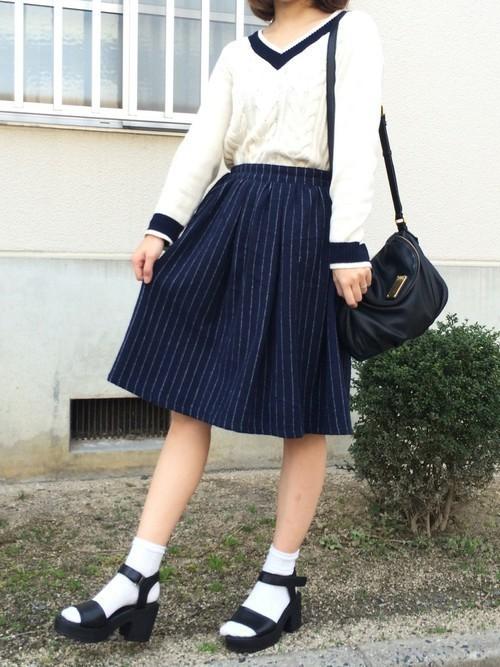 1着はもっていたい!ストライプスカートで作る旬顔コーデ25選♡の5枚目の画像