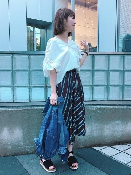 1着はもっていたい!ストライプスカートで作る旬顔コーデ25選♡の18枚目の画像