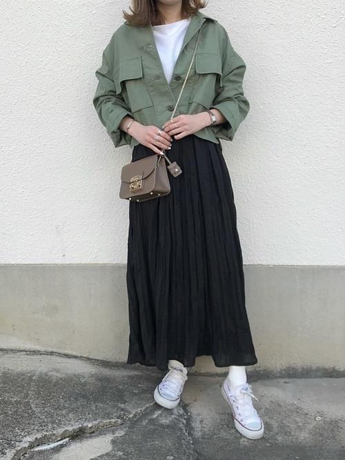 年中使える♡大人コーデは春夏秋冬【黒ロングスカート】にお任せ♪の1枚目の画像