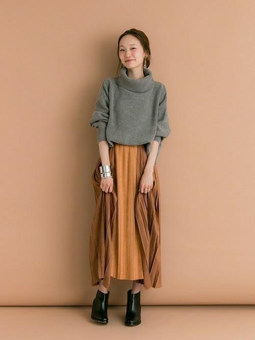 秋冬のスエードスカートコーデ22選&人気スエードスカートご紹介♡の4枚目の画像