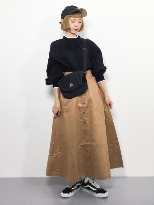 秋冬のスエードスカートコーデ22選&人気スエードスカートご紹介♡の6枚目の画像