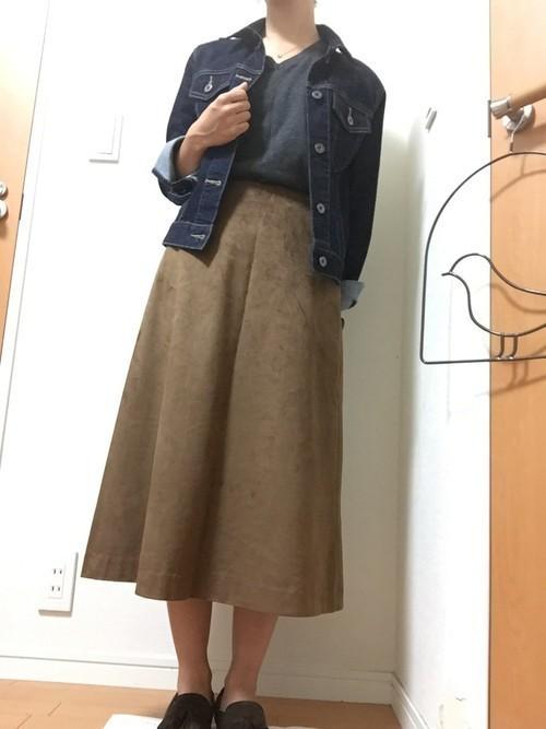 秋冬のスエードスカートコーデ22選&人気スエードスカートご紹介♡の14枚目の画像