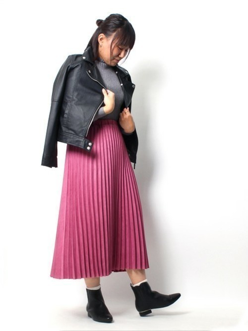 秋冬のスエードスカートコーデ22選&人気スエードスカートご紹介♡の19枚目の画像