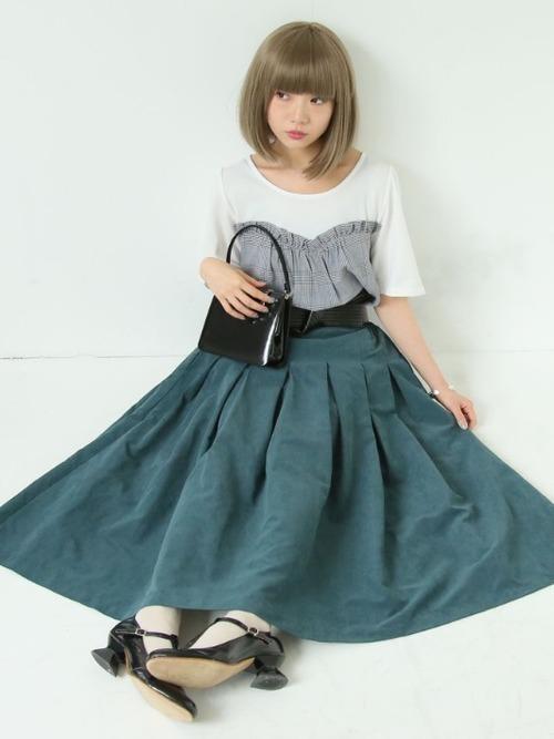 秋冬のスエードスカートコーデ22選&人気スエードスカートご紹介♡の26枚目の画像