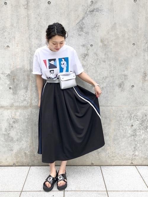 Tシャツでかわいいをget♡レディースブランドの種類別おすすめの12枚目の画像
