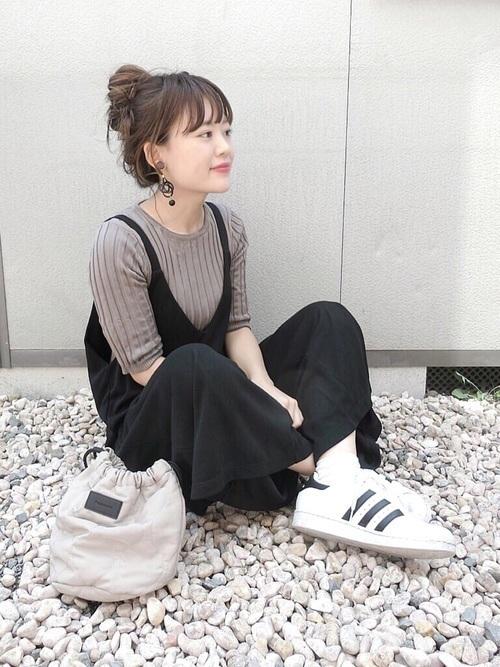 アディダスの白スニーカーを徹底調査♡人気スニーカーコーデも紹介!の1枚目の画像