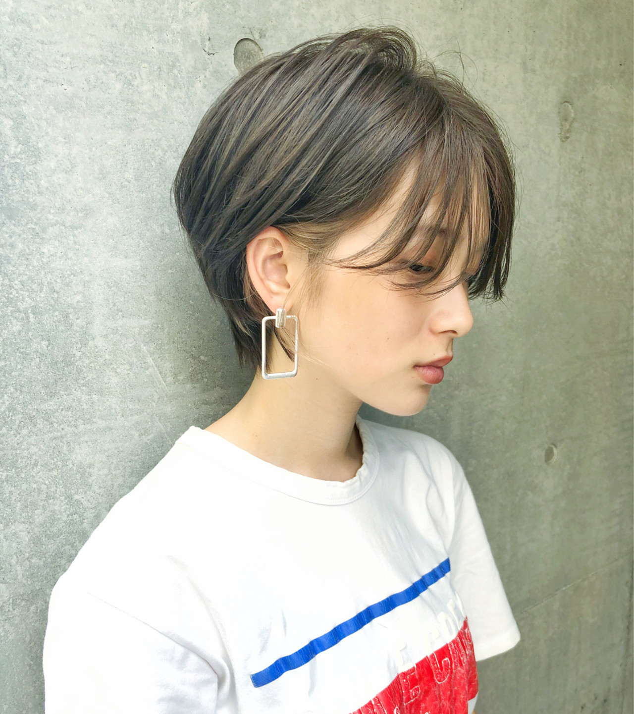 ヘアアイロンでの巻き方間違ってない?適正温度できれいな巻き髪に。の11枚目の画像