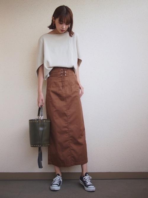 2020年はコルセットスカートがくる!かわいいコーデの作り方♡の2枚目の画像