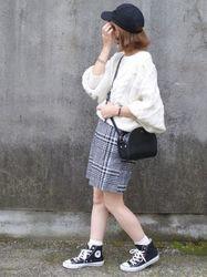 レディース向け【スニーカー×スカート】で作る女っぽコーデ特集♡