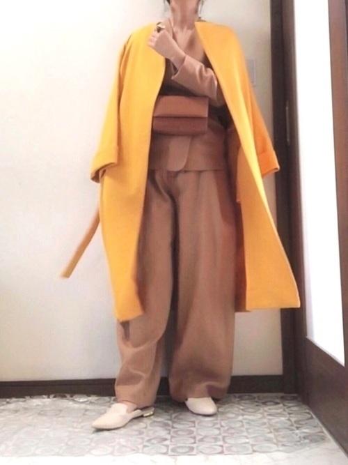 からし色は秋冬~春のトレンドカラー♡おすすめ黄色コーデ30選!の23枚目の画像