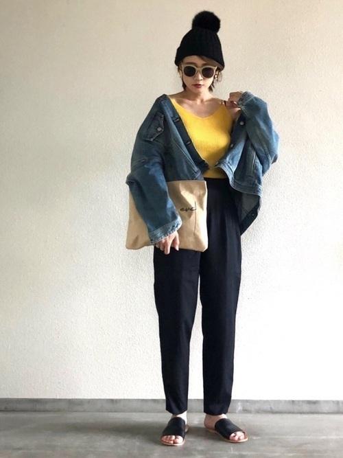 からし色は秋冬~春のトレンドカラー♡おすすめ黄色コーデ30選!の13枚目の画像