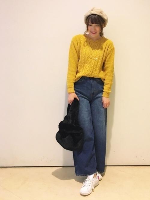 からし色は秋冬~春のトレンドカラー♡おすすめ黄色コーデ30選!の5枚目の画像