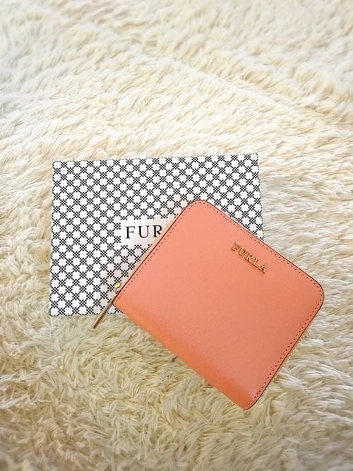 90f697a29fc0 今回は、レディースに人気のあるブランドのかわいい財布を厳選してご紹介。 20代女子に人気な「FURLA(フルラ)」のかわいい財布や、中学生や高校生にも 人気なかわいい ...