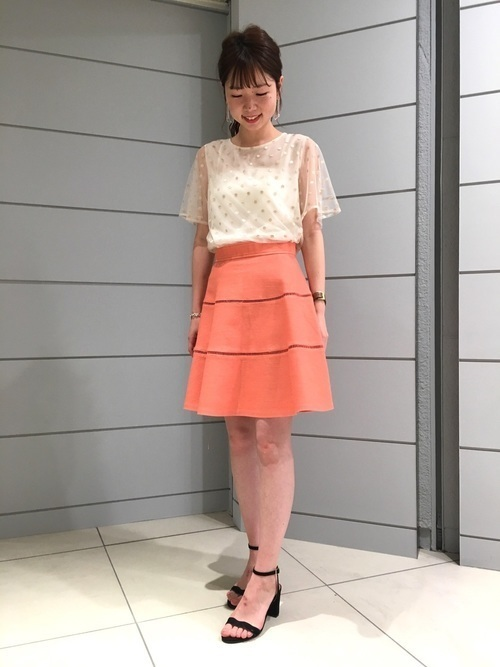 【旬ビタミンカラー】オレンジスカートの着こなしコーデ大特集!の14枚目の画像