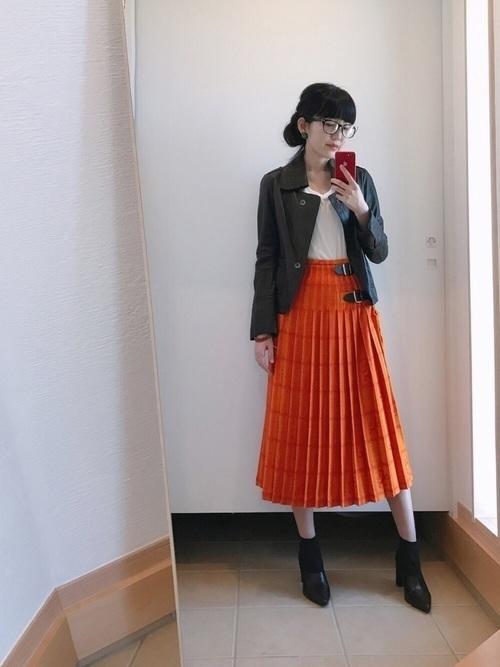 【旬ビタミンカラー】オレンジスカートの着こなしかたをレクチャー!の15枚目の画像