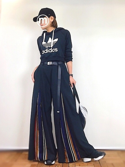 人気ブランド「アディダス」のパーカー紹介\u0026おすすめコーデ23選
