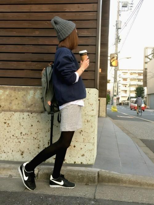 楽ちん【スウェットスカート】を着まわせ♡春夏秋冬コーデまとめの18枚目の画像
