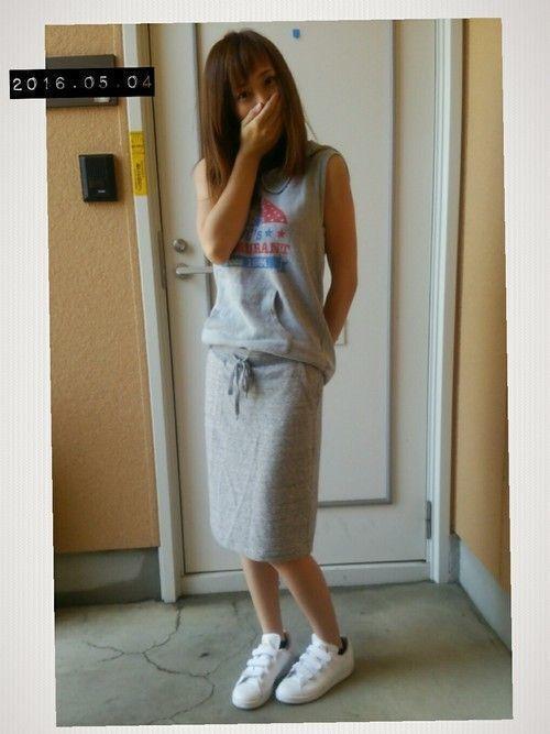 楽ちん【スウェットスカート】を着まわせ♡春夏秋冬コーデまとめの10枚目の画像