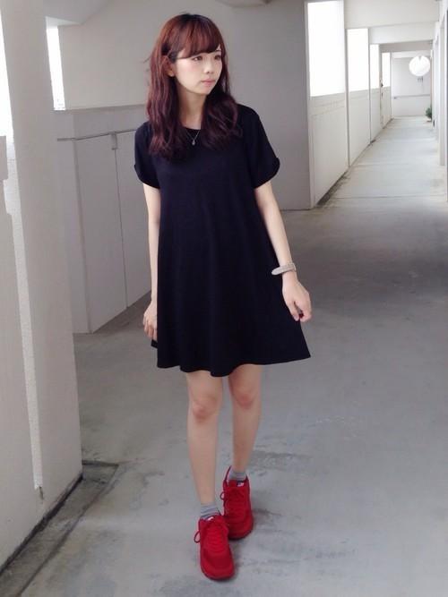 《夏》赤エアマックスならレディースコーデのアクセント色に♡