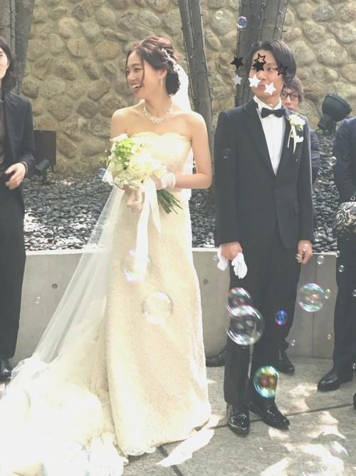 《花嫁アレンジ特集》結婚式の主役はあなた♡ステキな髪型を選ぼう!の23枚目の画像