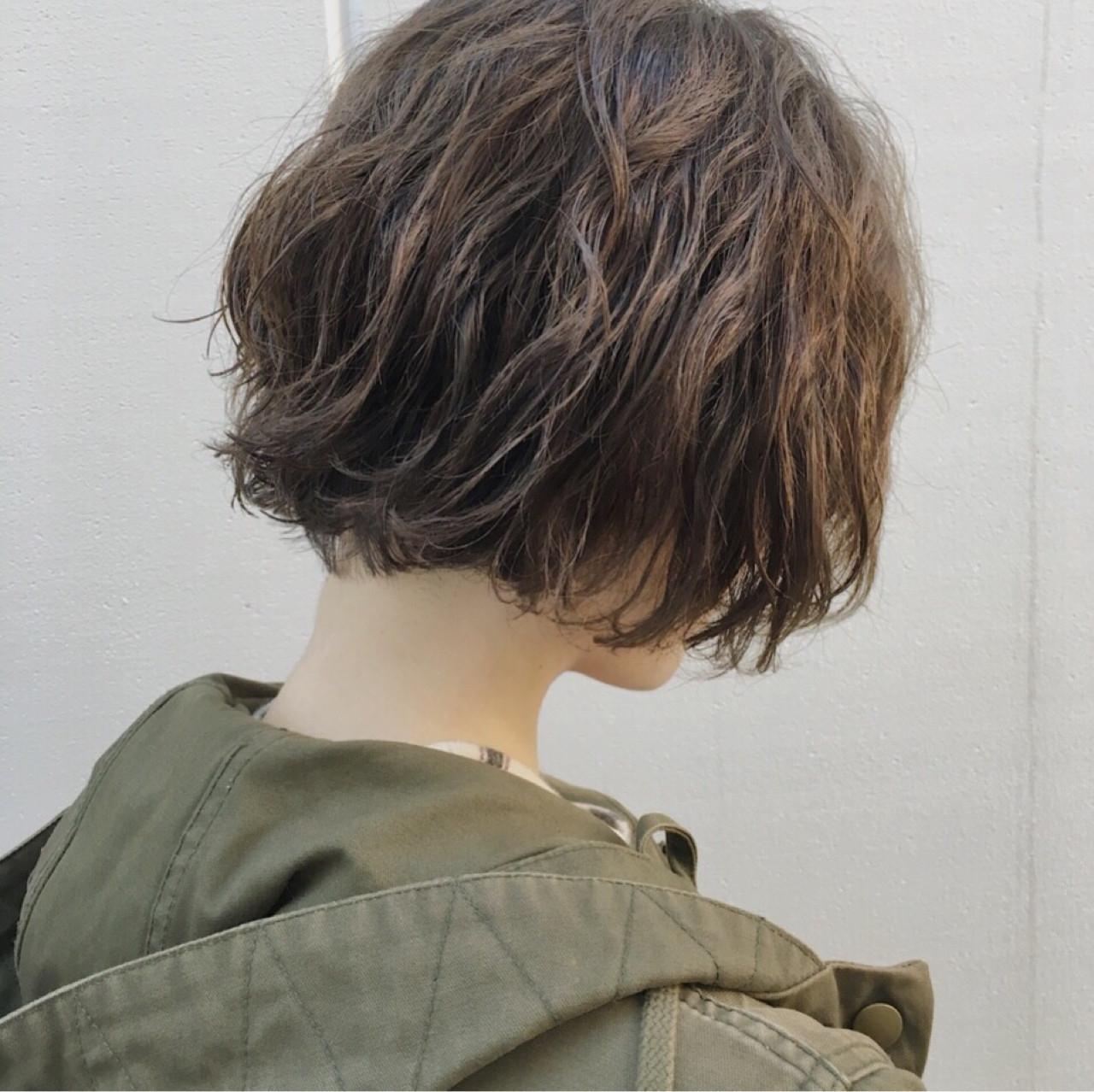 かわいいを簡単に♡ショートボブの巻き髪アレンジのやり方の8枚目の画像