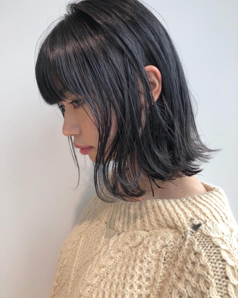 バッサリな毛先が可愛い。【切りっぱなしセミロング】カタログ11選