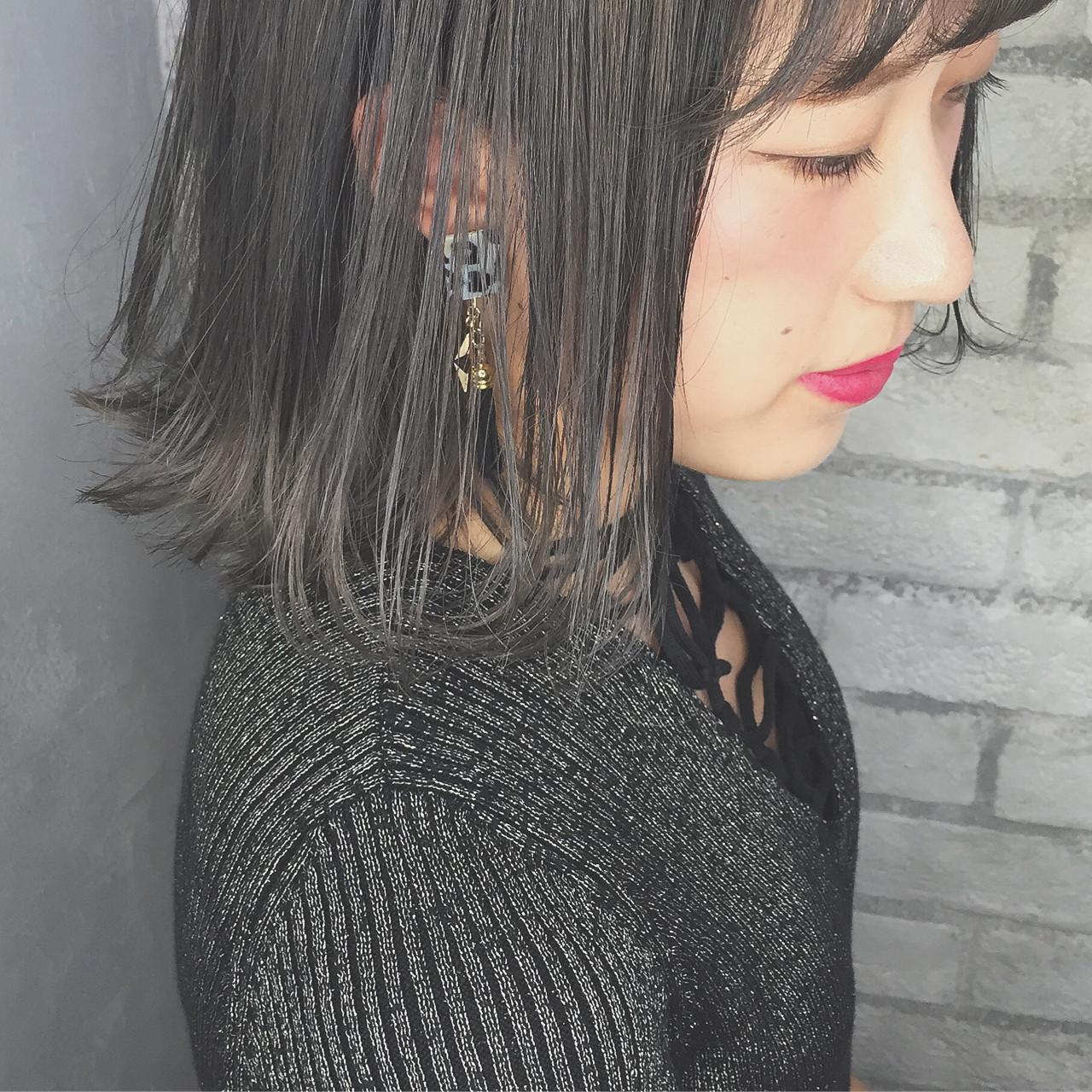【ブリーチなしでも可愛い!】黒に近い髪色×暗めアッシュ大公開♡の22枚目の画像