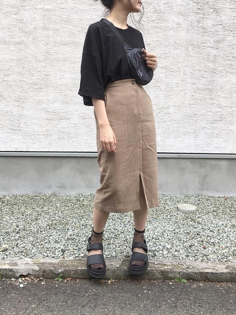 【2019春夏秋冬】Tシャツを着回し!レディースコーデをご紹介の2枚目の画像