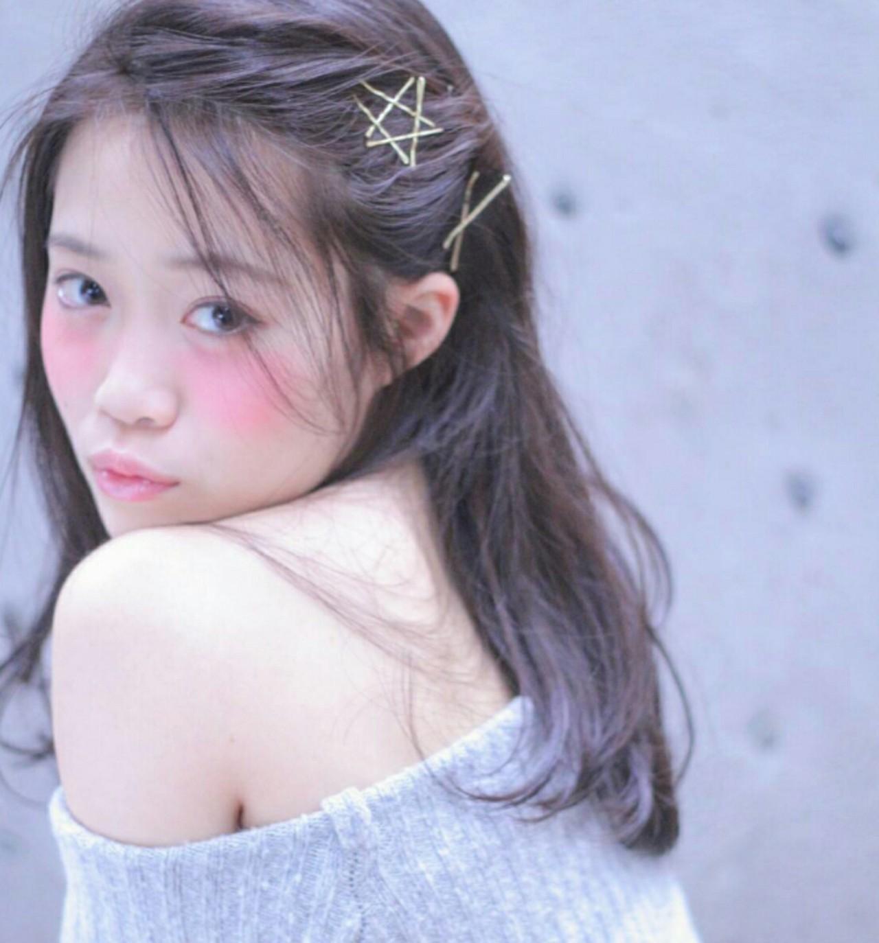 【最新!簡単前髪アレンジ】ねじりや編み込みで作るこなれ感前髪特集の14枚目の画像