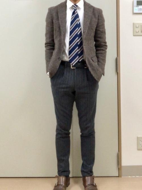男性は「スマートカジュアル」が好印象!基本の着こなし方&コーデ集の3枚目の画像