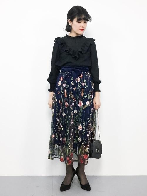 定番アイテムチュールスカート♡2019年おすすめモテコーデ20選の21枚目の画像