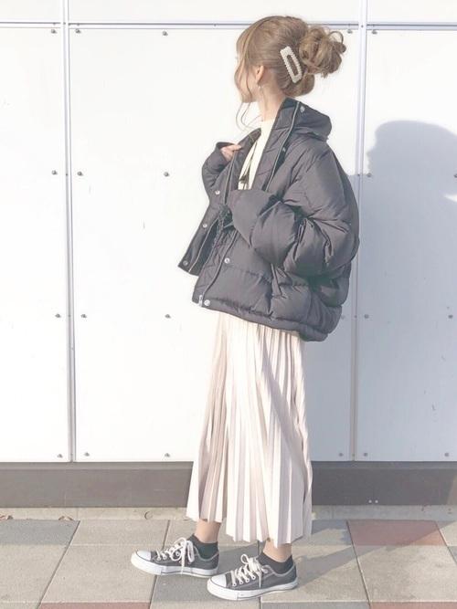 《保存版》春夏秋冬着こなせる♡白プリーツスカートの今ドキコーデ