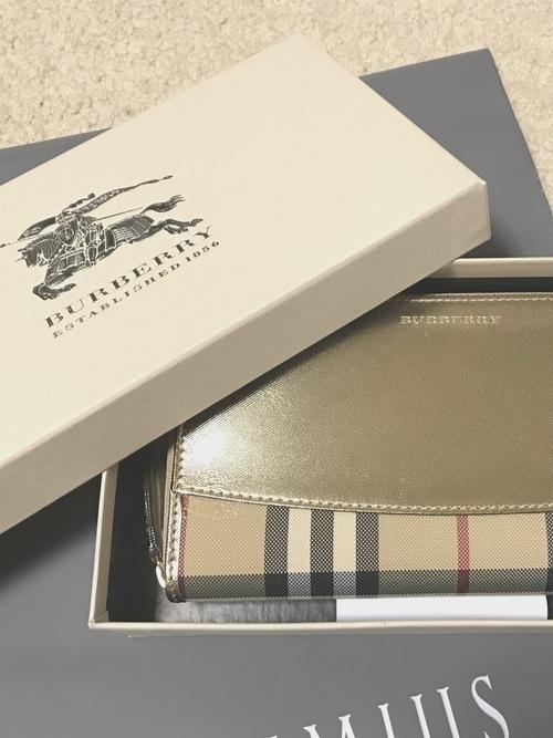 c0207294fd72 ご褒美にもプレゼントにも♡年代別人気レディース財布ブランド特集 ...