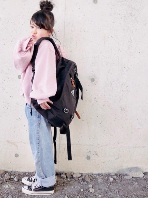 28afe71f45ab オシャレ女子が大注目♡「グレゴリー」のリュックコーデがかわいい ...