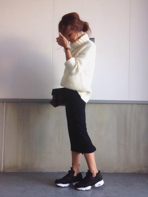万能モテアイテム【白ニット】の選び方と着痩せコーデ術を紹介♡の9枚目の画像